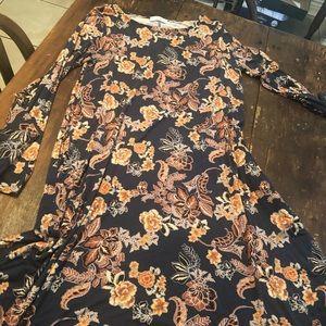 👗 3 for $25 EUC Long sleeve t-shirt dress!